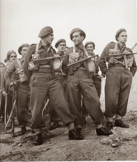 Στρατιώτες της Ορεινής Ταξιαρχίας φτάνουν από στην Αθήνα από την Ιταλία