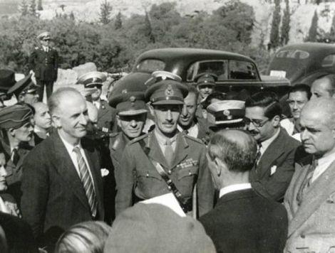 Ο Γ. Παπανδρέου μαζί με τον Ρ. Σκόμπι
