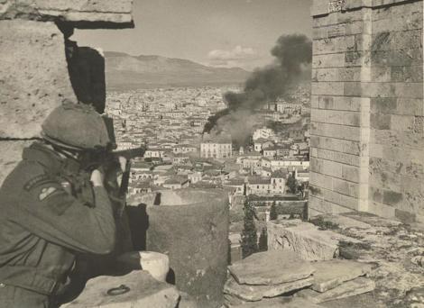Βρετανοί χρησιμοποιούν ως οχυρό τον βράχο της Ακρόπολης